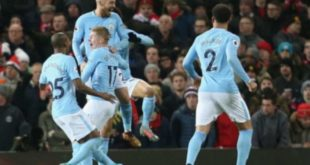 City supera United no Old Trafford e dispara no topo